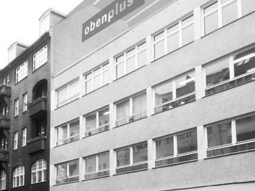 titel_gewerbliche_Dachaufstockung_Berlin_Neukoelln_obenplus