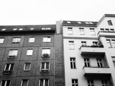 titel_kleinste_dachaufstockung_deutschlands_berlin_mitte_obenplus